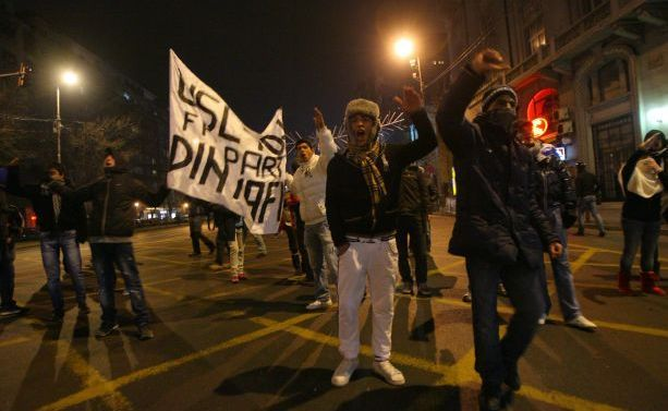 Cine ii revendica pe acesti protestatari?