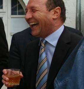 Basescu se simte umilit