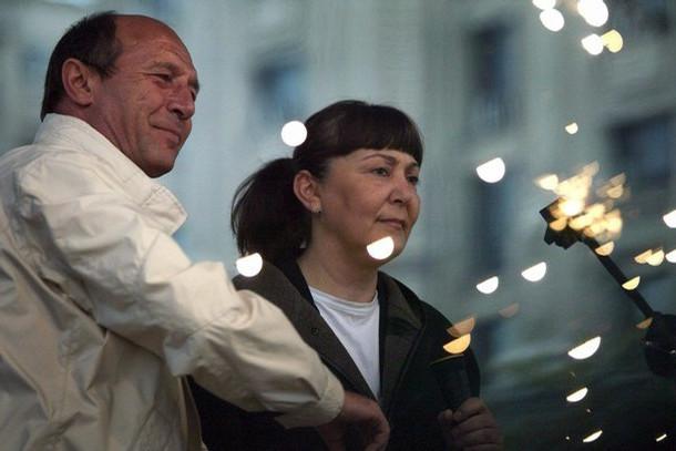 Monica Macovei si Basescu