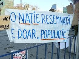 O natie resemnata este doar o populatie Cum se poate ingenunchea un popor in numele democratiei