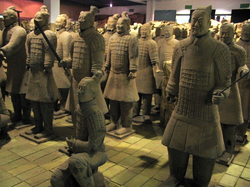 armata de teracota 3
