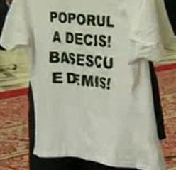 tricou - Poporul a decis Basescu e demis