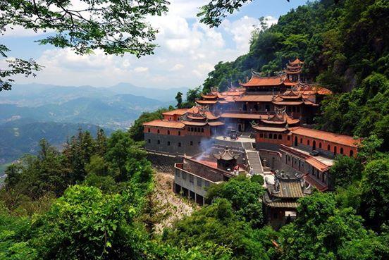 Anxi Qingshuiyan Temple